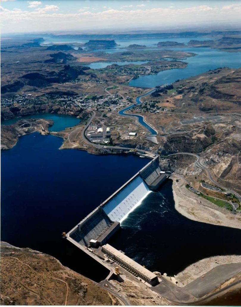 Grand Coulee-Dam-aerial Aug-6-1987